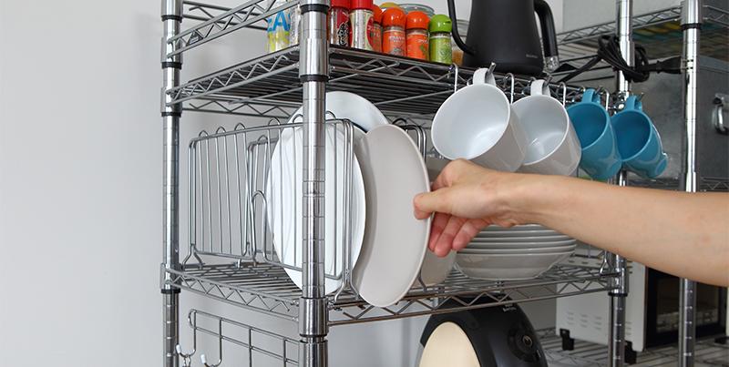 ルミナスのディバイダーでお皿やトレイを立てて収納!