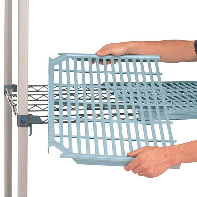 メトロマックスシリーズは棚板マットは簡単に取り外し可能
